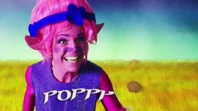 18. Poppy från Trolls