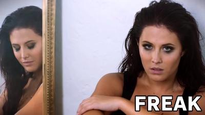Molly Sandén - Freak
