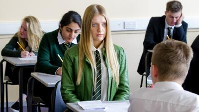 11. Populär i skolan