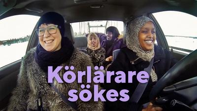 Sara i Luleå tar sig an uppgiften att lära Ikran från Somalia att köra bil. Snart har hon också hennes mamma Halima och resten av familjen med i bilen när de övningskör.
