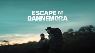 Richard Matt (Benicio Del Toro) och David Sweat (Paul Dano) i som flyende fångar i Escape at Dannemora.