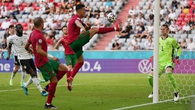 Ronaldo vallar vidare till Jota som gör 2-4