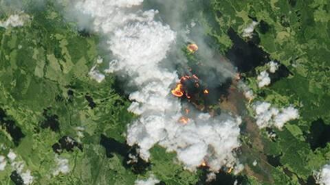 En skarp inzoomning på en av de större bränderna.