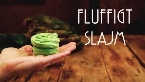 Fluffigt, pastellgrönt slajm.