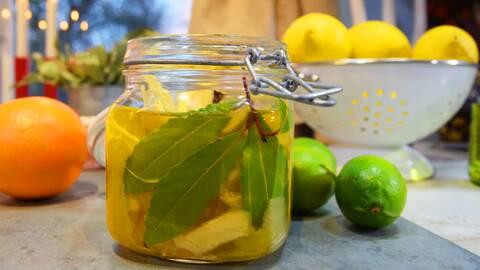 Auberginesill med citrus och ingefära.