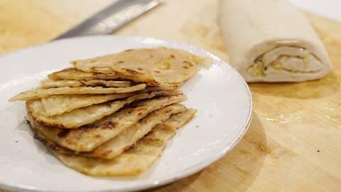 Scallion pancakes – kinesiska pannkakor.
