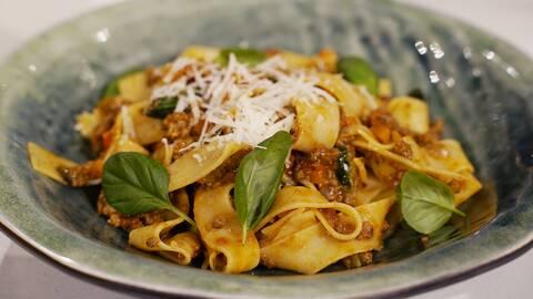 Italiensk köttfärssås till många.