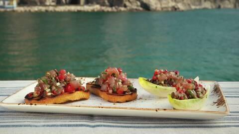 Bruschetta med tonfisk.