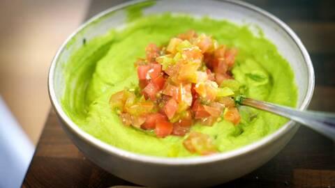 """""""Guacamole"""" på åkerböna."""