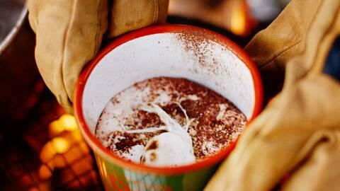 Varm choklad på vatten.