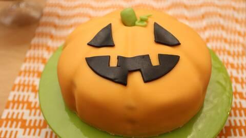 Halloweentårta.