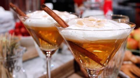 Äppeldrink med kanel och vanilj