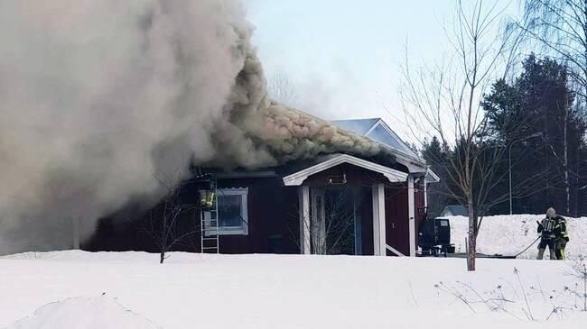 Nybyggd villa brann ned