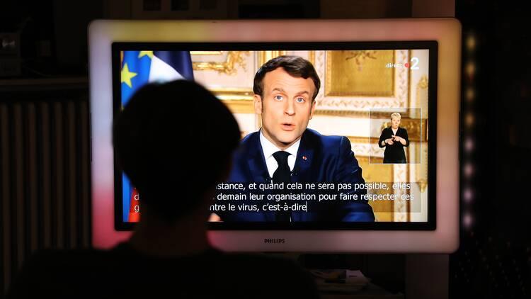 Macron Frankrike Stanger Granserna Svt Nyheter