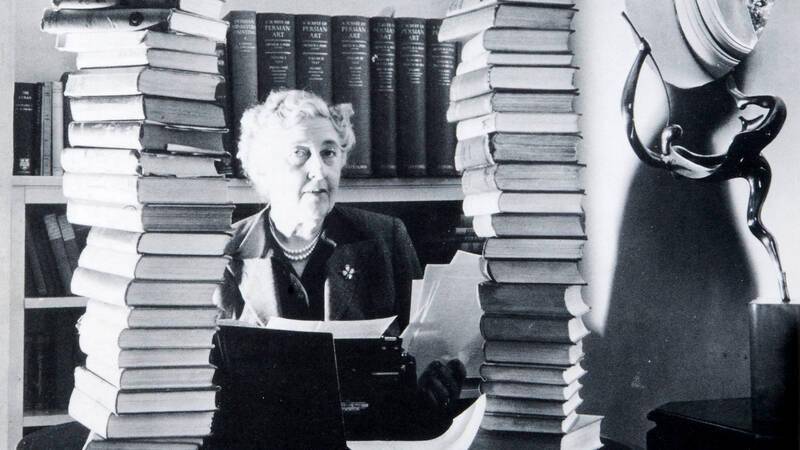 Agatha Christie, deckardrottningen