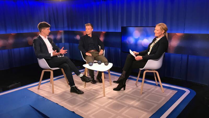 Ossi Kurki-Suonio, Matias Åberg (gäster) och Anu Tolonen (programledare)