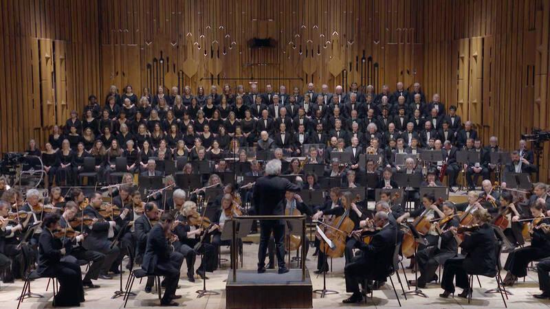 Gustavo Dudamels ungdomsorkester från Barcelona har vuxit upp och blivit stor. Från Orquesta Sinfónica Simón Bolívars bejublade Beethovenmaraton i Barcelona 2017 har vi hämtat Ödessymfonin, nr 5 i c-moll från 1804 - 1808.