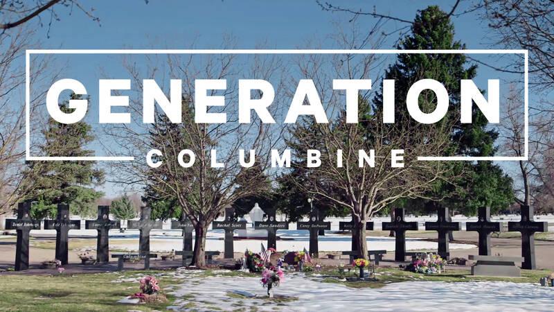 Det har gått mer än 20 år sedan tragedin på Columbine High School, skolskjutningen som skulle följas av otaliga liknande dåd.
