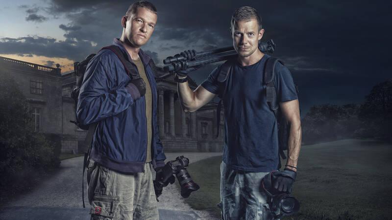 Jan Elhøj och Morten Kirckhoff, programledare för Övergivna rum.