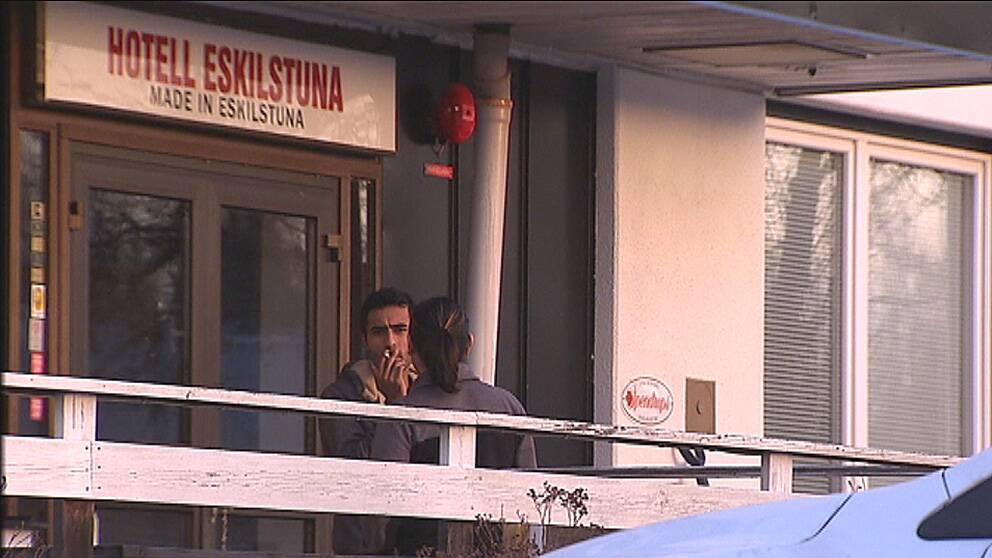 Eskilstuna är en av många kommuner som pressas av flyktingmottagandet. Bl.a. saknas bostäder.