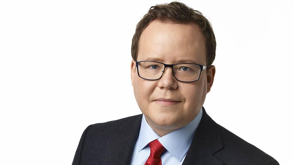 Porträtt av Olle Burell som är skolborgarråd i Stockholm stad.