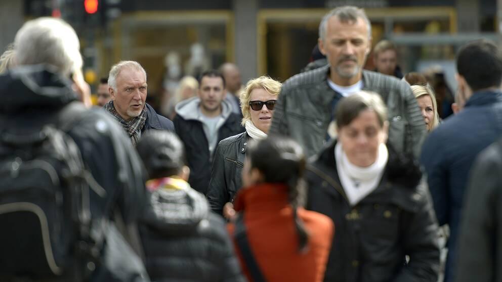 Folk, drottninggatan