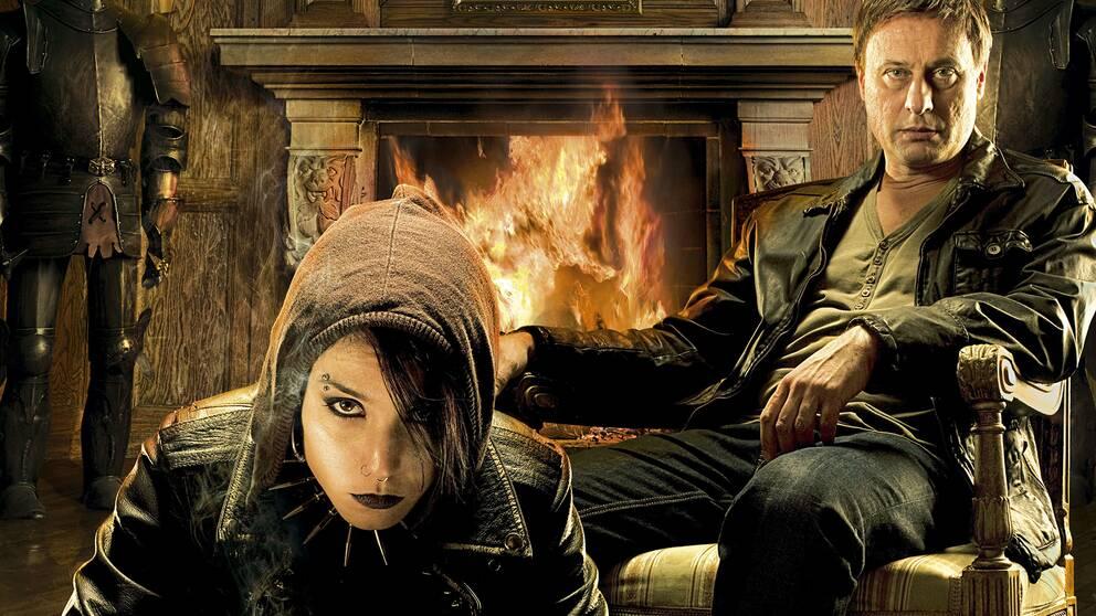 Mikael Blomkvist (Michael Nyqvist) och Lisbeth Salander (Noomi Rapace) i Millennium.