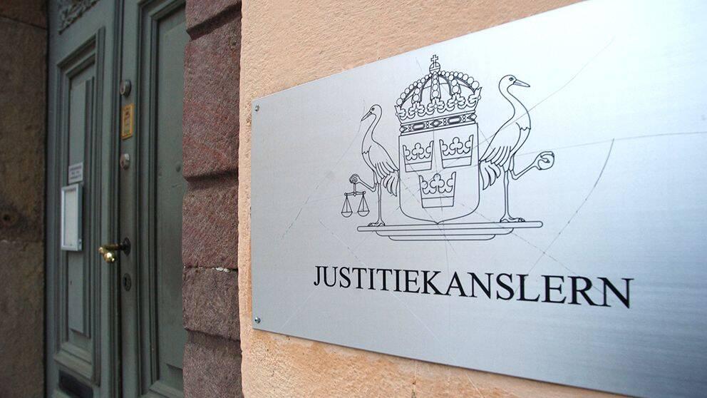 skylt med Justitiekanslerns symbol