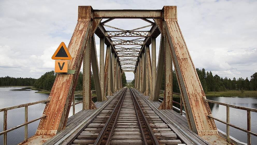 Gammal järnvägsbro