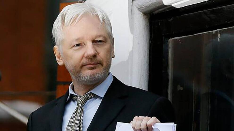 Assange kommer förhöras 17 oktober