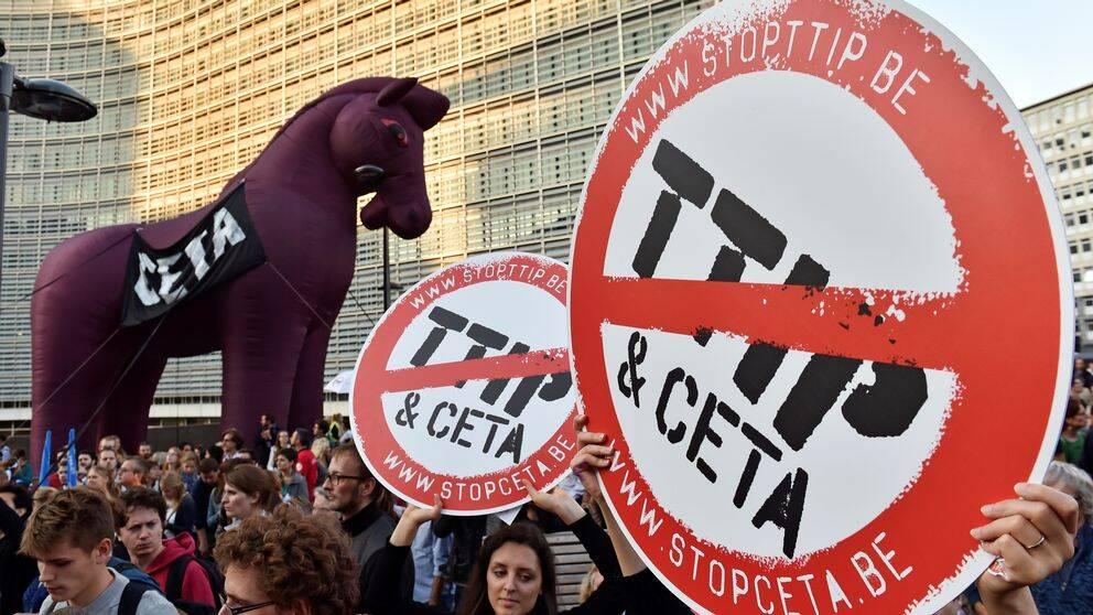 Tusentals demonstrerade mot TTIP och CETA i Bryssel i september 2016