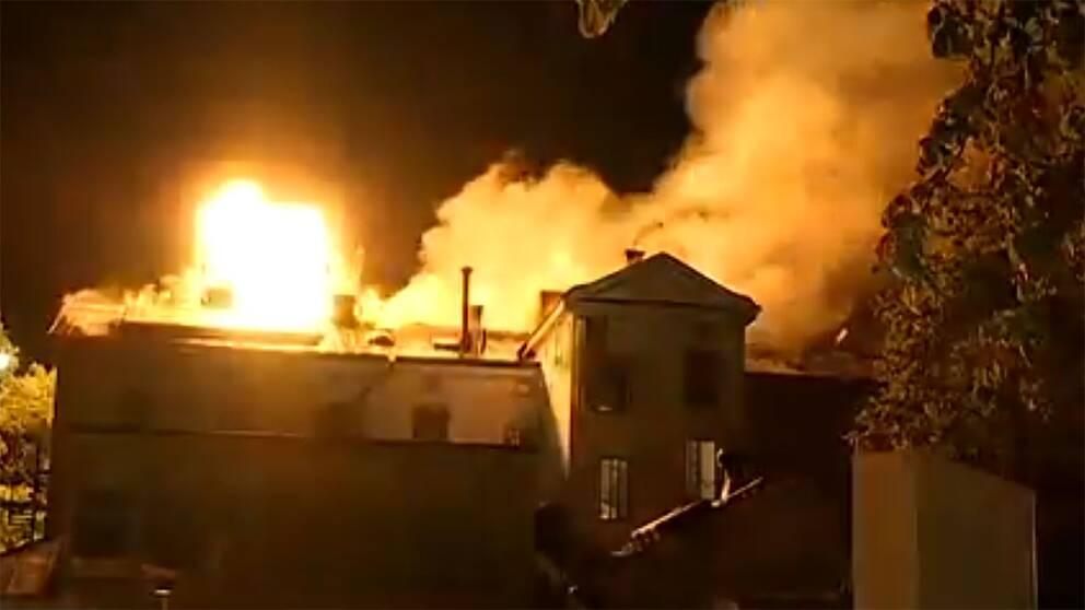 Här spränger räddningstjänsten taket på Konsthögskolan