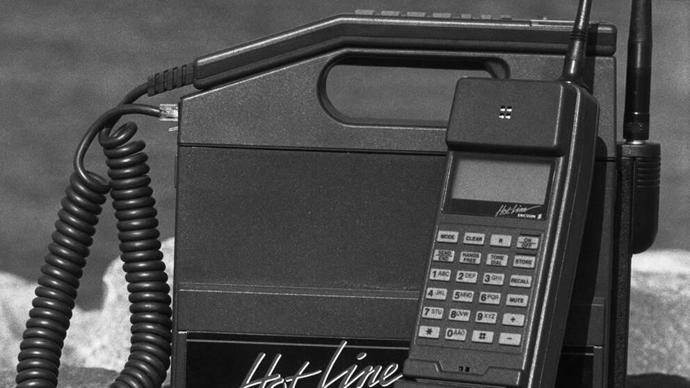 Hetast under yuppieeran. Ericsson Hot Line NMT. Telefonerna var lika dyra som tunga.