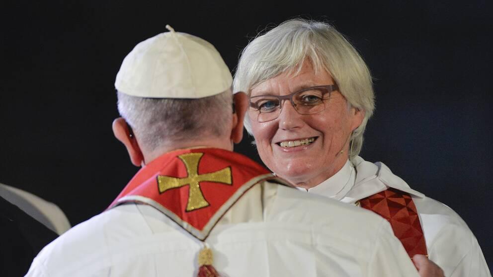Påve Franciskus och ärkebiskop Antje Jackelén under den ekumeniska gudstjänst i Lunds domkyrka.
