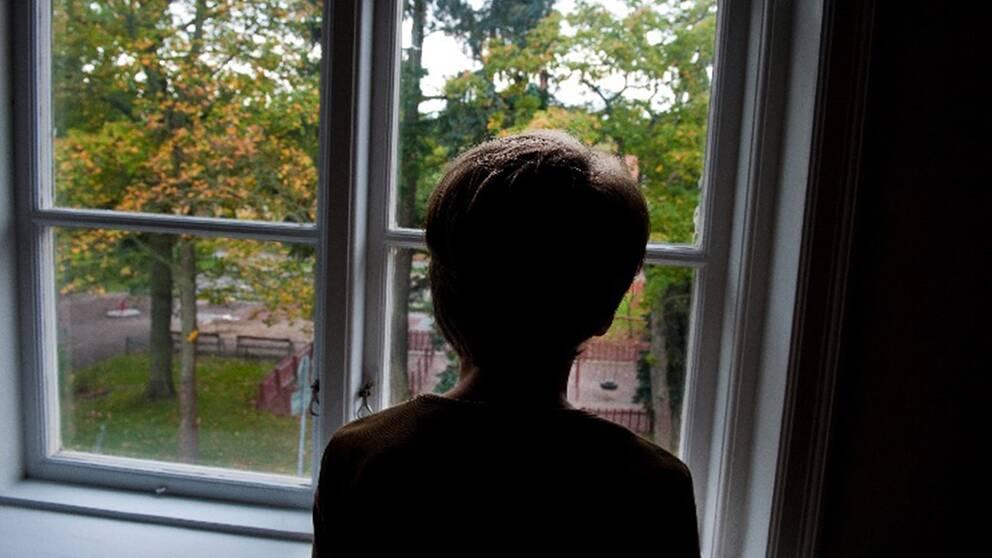 Theo väntar på att få komma till BUP i Uppsala där han gått regelbundet sedan han var åtta år.