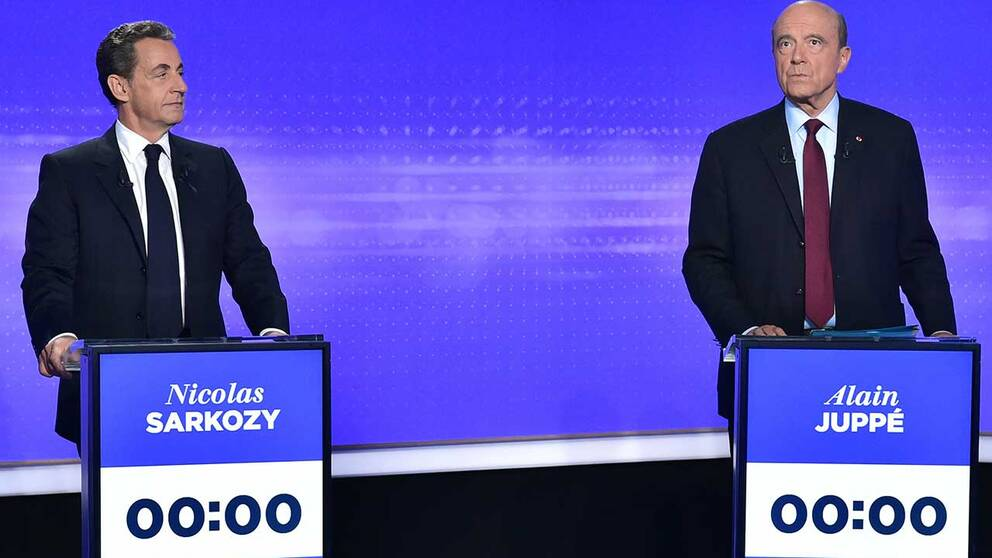 De två huvudkandidaterna i Republikanernas primärval inför presidentvalet i Frankrike 2017. Expresidenten Nicolas Sarkozy (tv) och Alain Juppé, borgmästare i Bordeaux och tidigare premiärminister och utrikesminister.