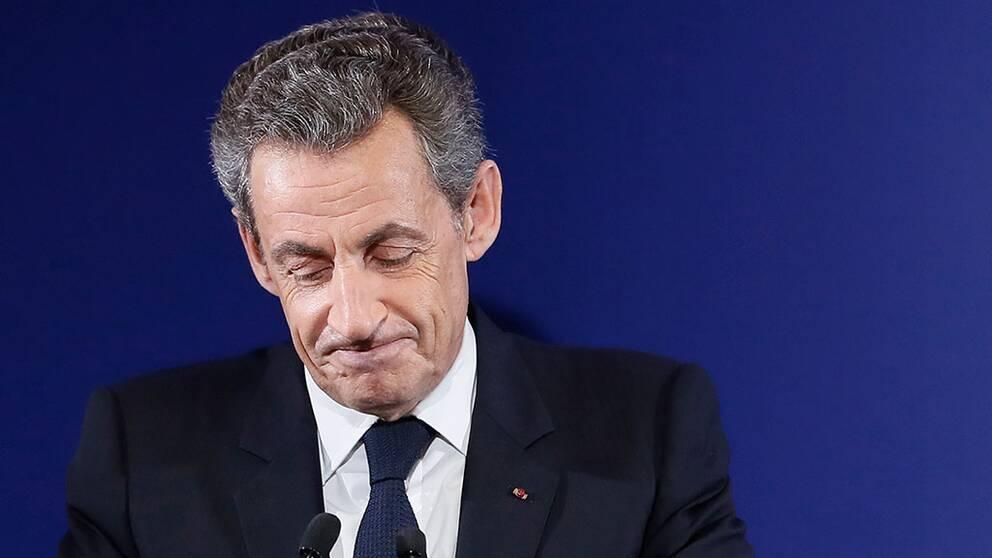 Sarkozy erkänner sig besegrad