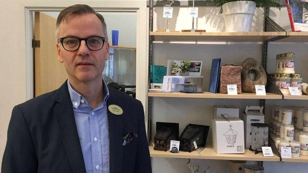 begravningsentreprenör Magnus Lindh
