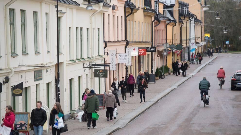 – Bostadspriserna i Uppsala påverkar utvecklingen i hela länet, säger Per-Arne Sandegren, analyschef Svensk Mäklarstatistik.