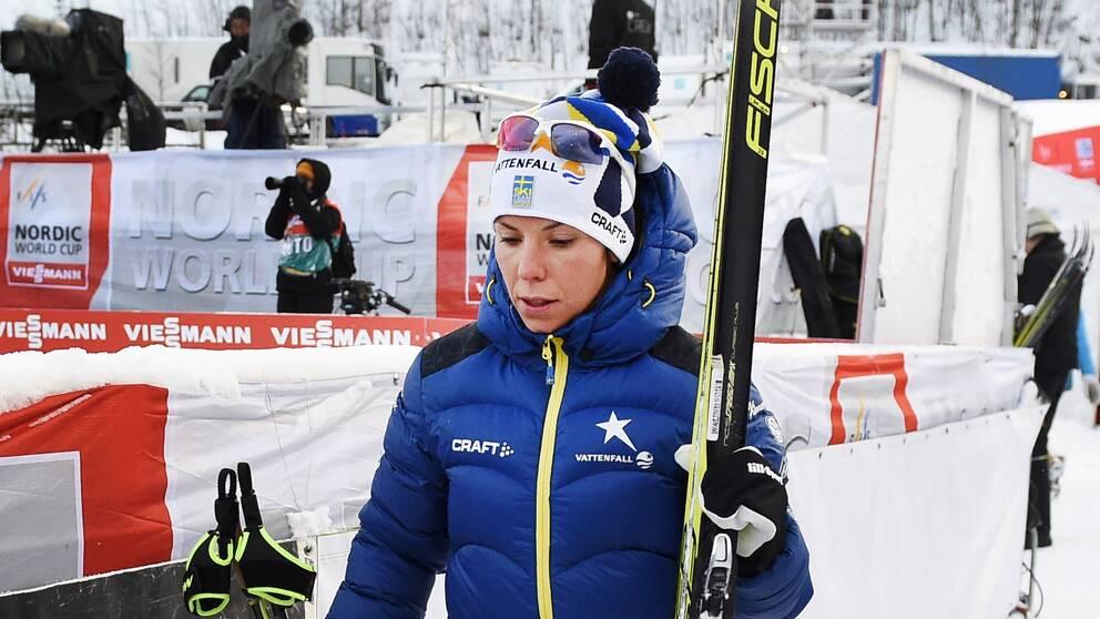 Charlotte Kalla efter 10 km klassiskt.