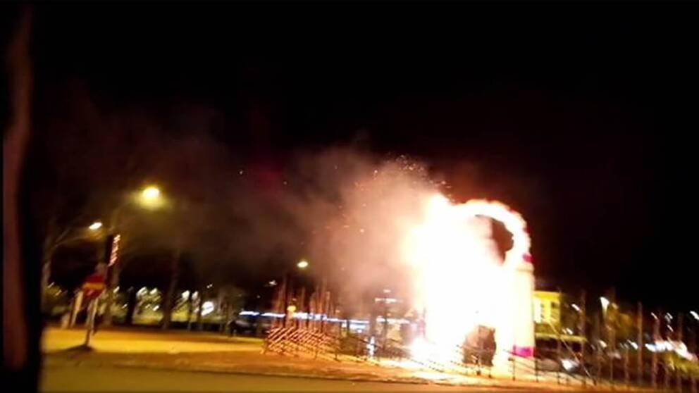 Gävlebocken brann på invigningsdag