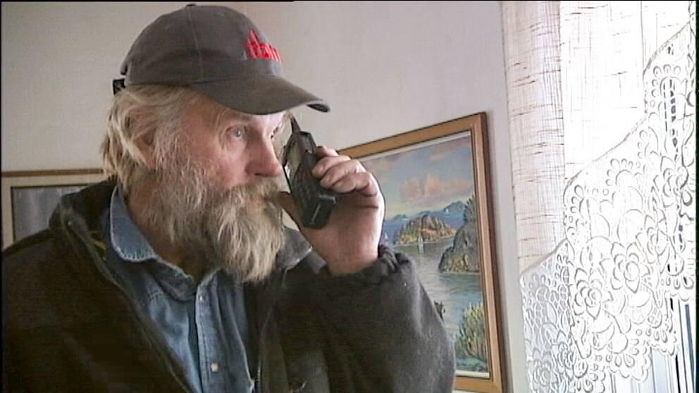 Arne Bergman med Rakeltelefonen.