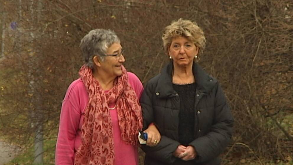 Psykologen Kristina Odén tillsammans med Ruth Helene Andersson, som har obotlig cancer.