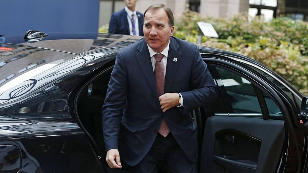 Stefan Löfven anländer till EU-toppmötet i Bryssel.
