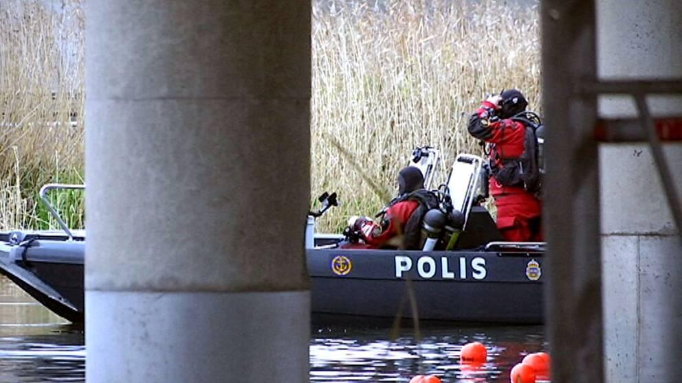 Polisen dyker efter nytt mordvapen