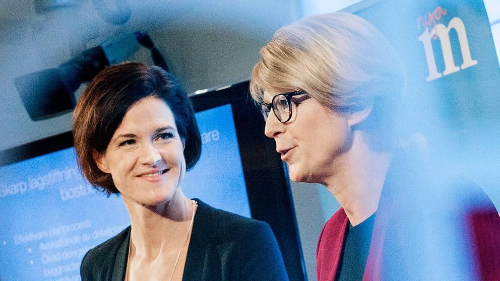 Moderaternas partiledare Anna Kinberg Batra och partiets integrationspolitiska talesperson Elisabeth Svantesson.