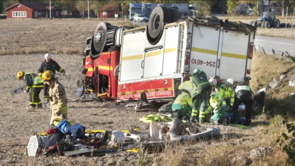 Brandman pakord vid olycksplats ska vara svart skadad