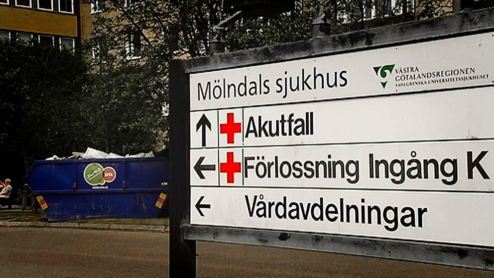 En gravid kvinna avled på akuten på Mölndals sjukhus.