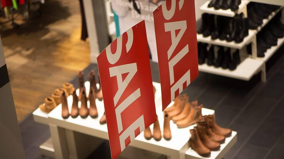Försäljningen av skor minskade förra året.