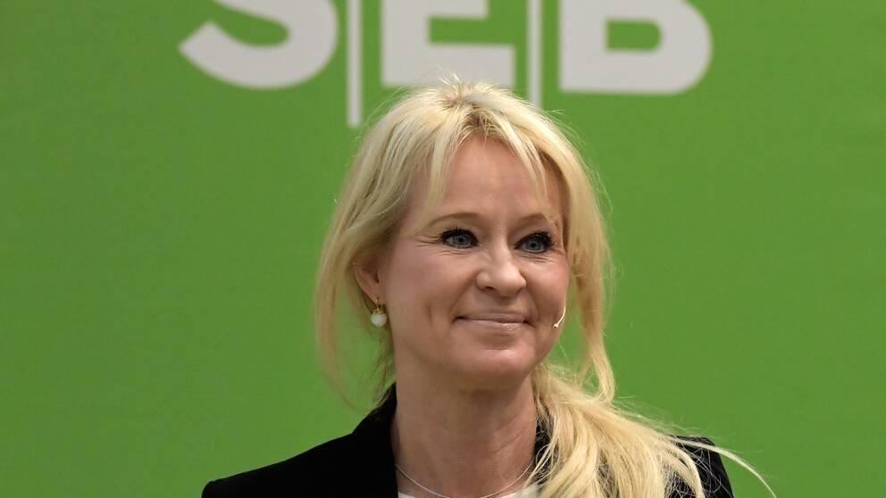 Annika Falkengren.